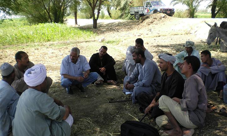 Farmers' field schools